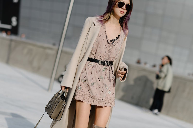 seoul fashion week ss17, korean street style, seoul street style, trench coat